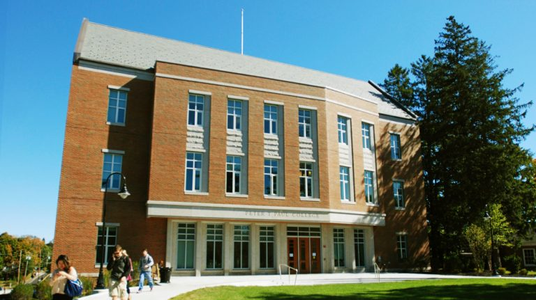 University of New Hampshire Paul College of Business and Economics